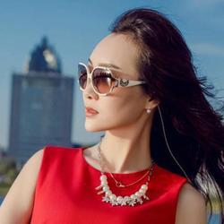 Lilian, China