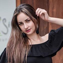 Camila, Medellin