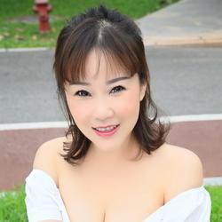 Lily, China