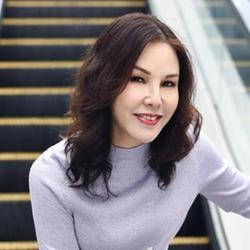 Nicole, Hong Kong