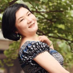 Joan, China