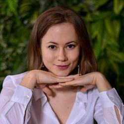 Yuliya, Russian